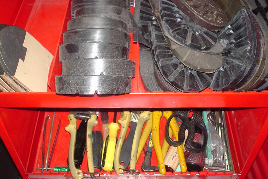 靴修理工房 雅